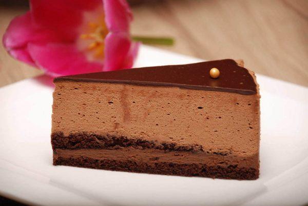 Csoki mousse torta szelet