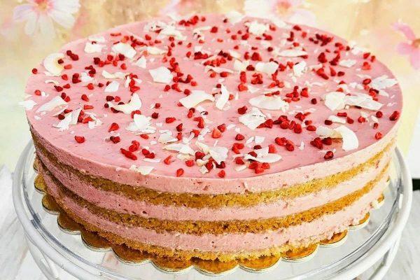 Mindenmentes málnahabos torta